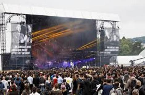 Sida : à Solidays, Hollande s'engage à maintenir la contribution de la France - 1